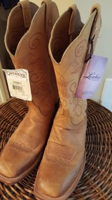 Lucchese Cowgirl Boots (New) in Columbus, Georgia