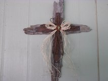 Rustic Barnwood Cross in Alamogordo, New Mexico