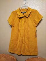 Mustard vest/ thick new with tags size M in Vacaville, California