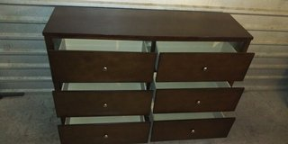 Solid wood tall dresser with 6 huge drawers in great condition in El Paso, Texas
