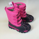 NWT Size 8 Toddlers Osh Kosh B'Gosh Snow Boots in Sugar Grove, Illinois