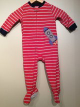 Carter's baby zip up footed pajamas size 18 month in Lockport, Illinois