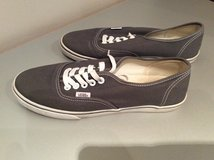 Vans women size 8.5 in Westmont, Illinois