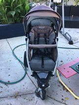 Graco jogging stroller in Pearl Harbor, Hawaii