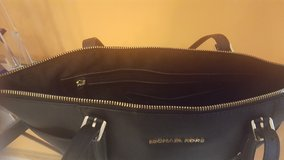 Michael KORS,.... Calvin Klein, and .... COACH  Purses  - REAL No Imitation - Used purses in Joliet, Illinois