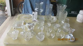 Glassware/Vases in Oswego, Illinois