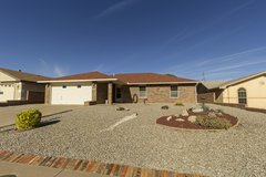 **GREAT HOME** **AMAZING PRICE**.... Single-Owner Home! Immaculate Condition! Refrigerated AC! in Alamogordo, New Mexico