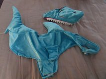 Pet/Dog Shark Costume SZ M in Joliet, Illinois