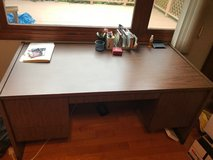 desk (office size desk) with 6 drawers in Glendale Heights, Illinois