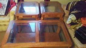 Coffee & End Table Set in Pleasant View, Tennessee