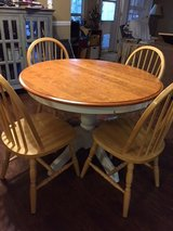 Dining table 4 chairs in Kingwood, Texas