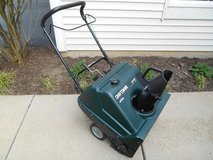 "Craftsman Snowblower Snow Blower 4 cycle 5.0 HP 22"" Electric Start in Aurora, Illinois"