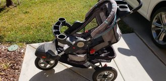JEEP jogging stroller / adjustable canopy / all terrain tires in Hemet, California