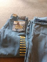 Men's flannel jeans in Shorewood, Illinois