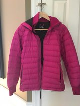 Women's North Face Jacket in Glendale Heights, Illinois