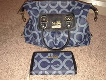 Coach purse and matching wallet in Clarksville, Tennessee