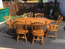 $200 · Wheatland amish table and 4 regular chairs and two captains. Gascho furniture company. 20... in Sandwich, Illinois