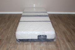 Twin XL size mattress- Serta Icomfort Blue 300 in CyFair, Texas