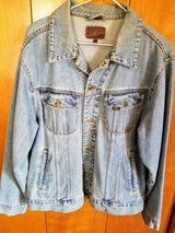 Mens Lee Jean Jacket L in Alamogordo, New Mexico