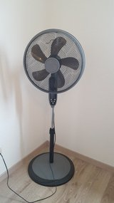 220V Fan w/Remote, Adjustable Height in Ramstein, Germany