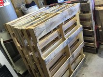 Pending pick on Monday - Wood Pallets in Bolingbrook, Illinois