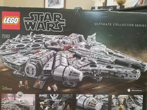 New, Unopened Lego Star Wars Millennium Falcon 75192  Over 7,000 pieces in Westmont, Illinois