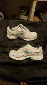 New Balance women's shoes size 8 1/2 in Alamogordo, New Mexico