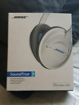 bose headphones in Lakenheath, UK