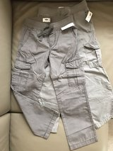 2 new Old Navy pants size 5T in Ramstein, Germany