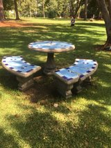 Outdoor Concrete Round table in DeRidder, Louisiana