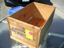 WOODEN PRODUCE CRATES & BOXES in Naperville, Illinois