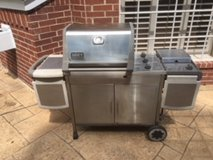 Weber Genesis Platinum - 3 Burner with side stove top in Houston, Texas