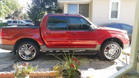 2001 FORD EXPLORER SPORT TRAC in Chicago, Illinois
