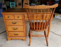 Vintage Maple 5 Drawer Desk And Chair in Bolingbrook, Illinois