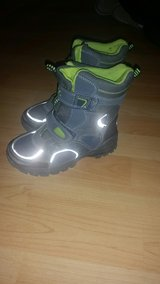kids winterboots in Grafenwoehr, GE