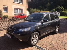 2007 Hyundai Santa Fe 7 Seater SUV MANUAL A/C Heated Seats Alloys All Seasons Tires New TuV in Ramstein, Germany