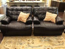 Leather Power Reclners in Conroe, Texas