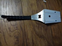 Pampered chef grill tool in Bolingbrook, Illinois