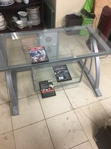 tv stand glass 39 in x 20 in in Okinawa, Japan