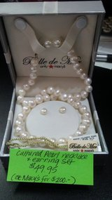 cultured pearl necklace and earrings set in Perry, Georgia