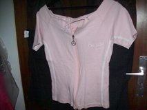 Women-Shirts/Blouses in Ramstein, Germany