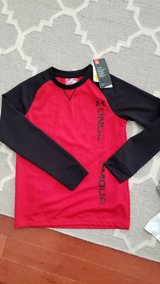 Boy Under Armour Long Sleeve Shirt in Joliet, Illinois
