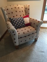 Recliner star chair in Algonquin, Illinois