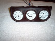 Gauge Console - Autogage 2327 in Glendale Heights, Illinois