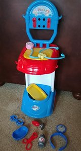 Doctor trolley toddler learning toy in Spring, Texas