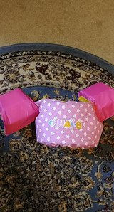 pink toddler puddle jumper life vest 30-50 lbs in Spring, Texas