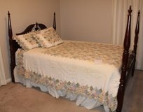 QUEEN size bedroom set - 3 piece in Fort Campbell, Kentucky