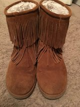 Women's Suede Fringe Boots [10] in Beaufort, South Carolina