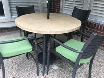 **REDUCED** Outdoor high top table & chairs in The Woodlands, Texas