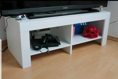 TV sideboard in white - TOP CONDITION !! in Ramstein, Germany